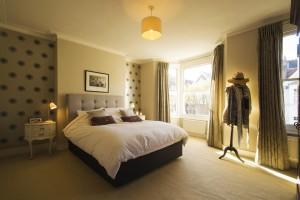 131-723-Bedroom-Laitwood-Road_w660_h440_sc